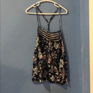 Floral tank top size small